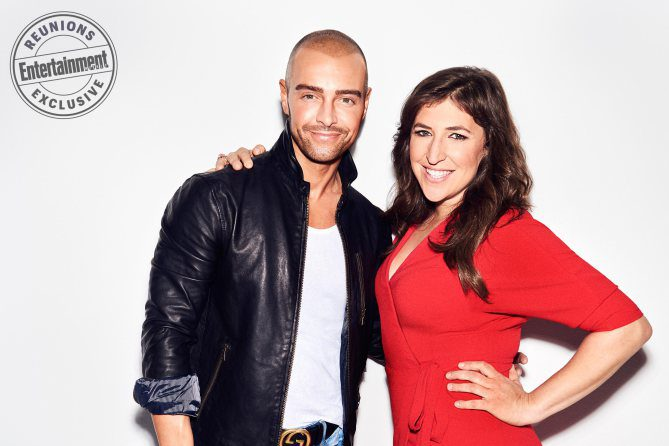 Mayim Bialik (Blossom Russo) y Joey Lawrence (Joey Russo)