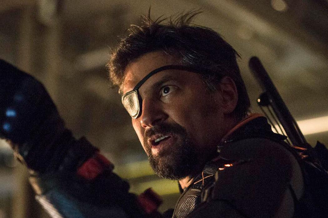 Deathstroke vuelve a Arrow, muy bien
