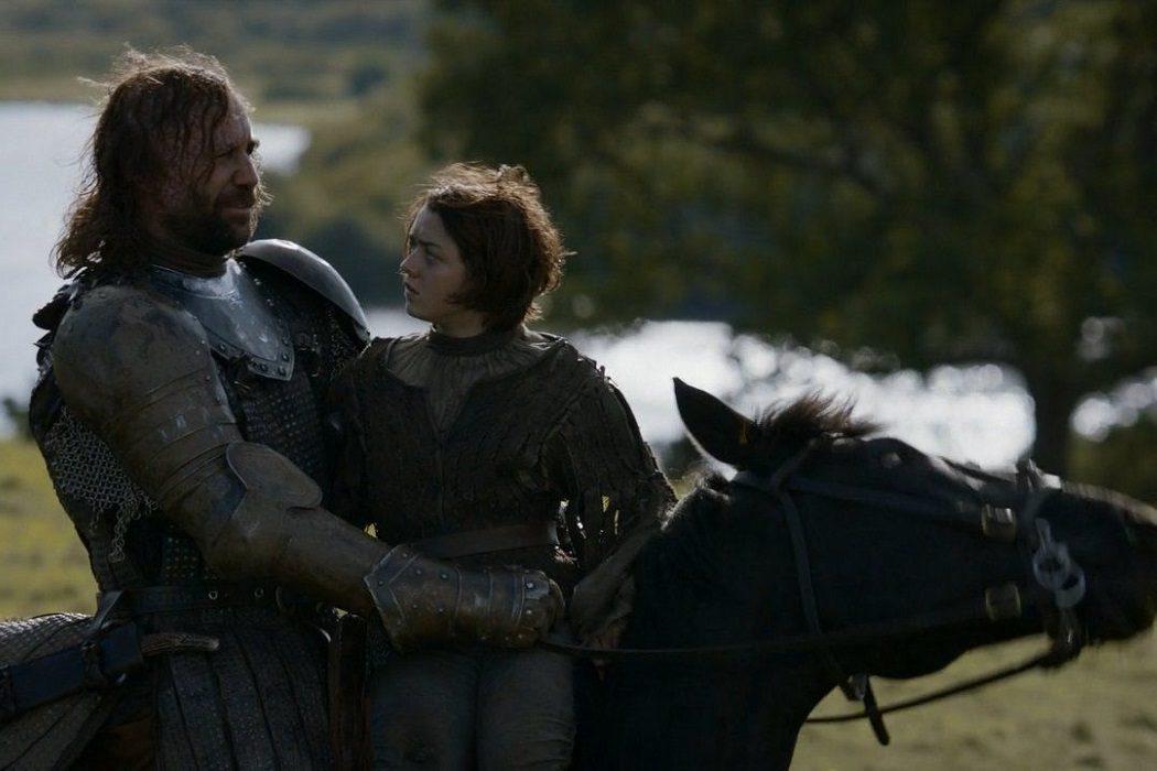 El Perro y Arya
