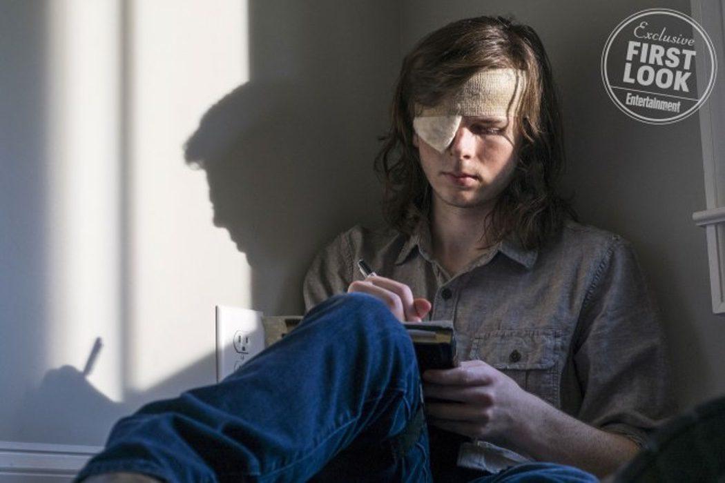 Chandler Riggs como Carl