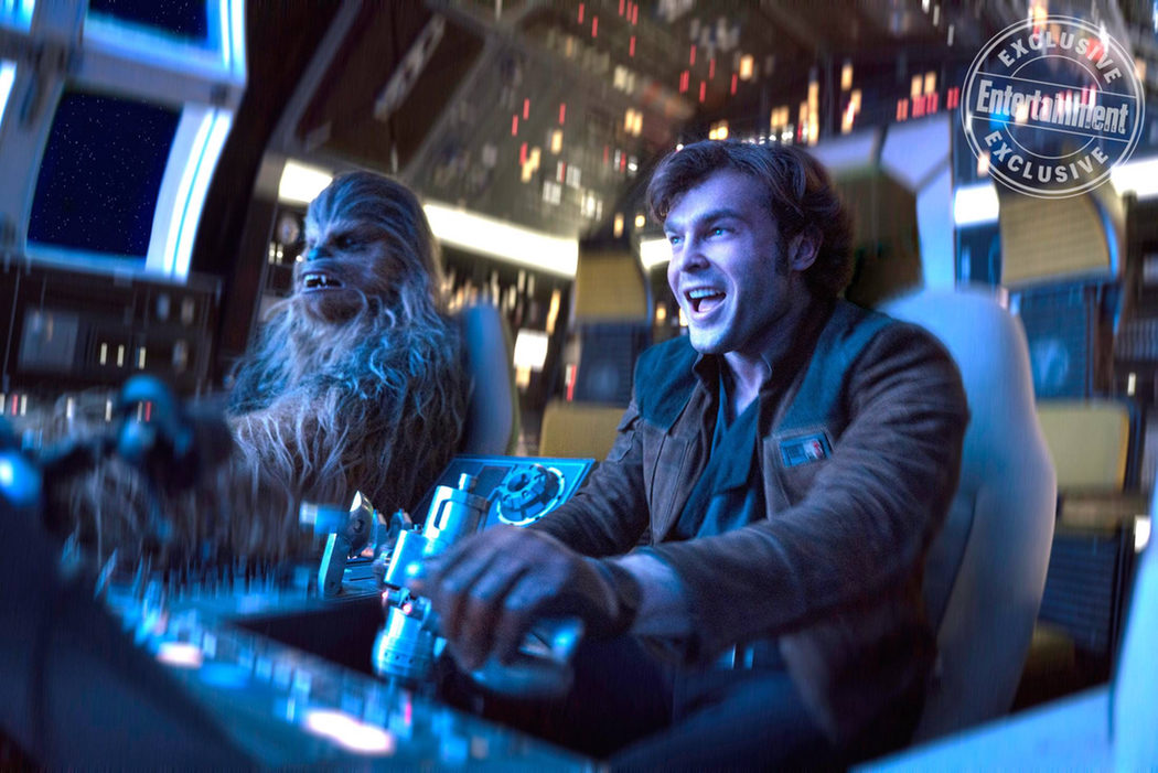 Han Solo y Chewbacca en el Halcón Milenario