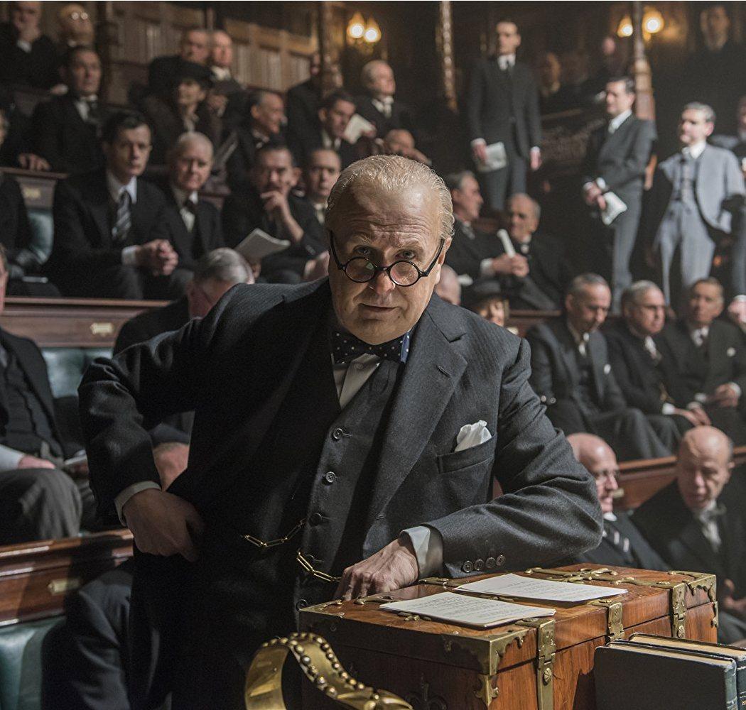 Winston Churchill en 'El instante más oscuro'