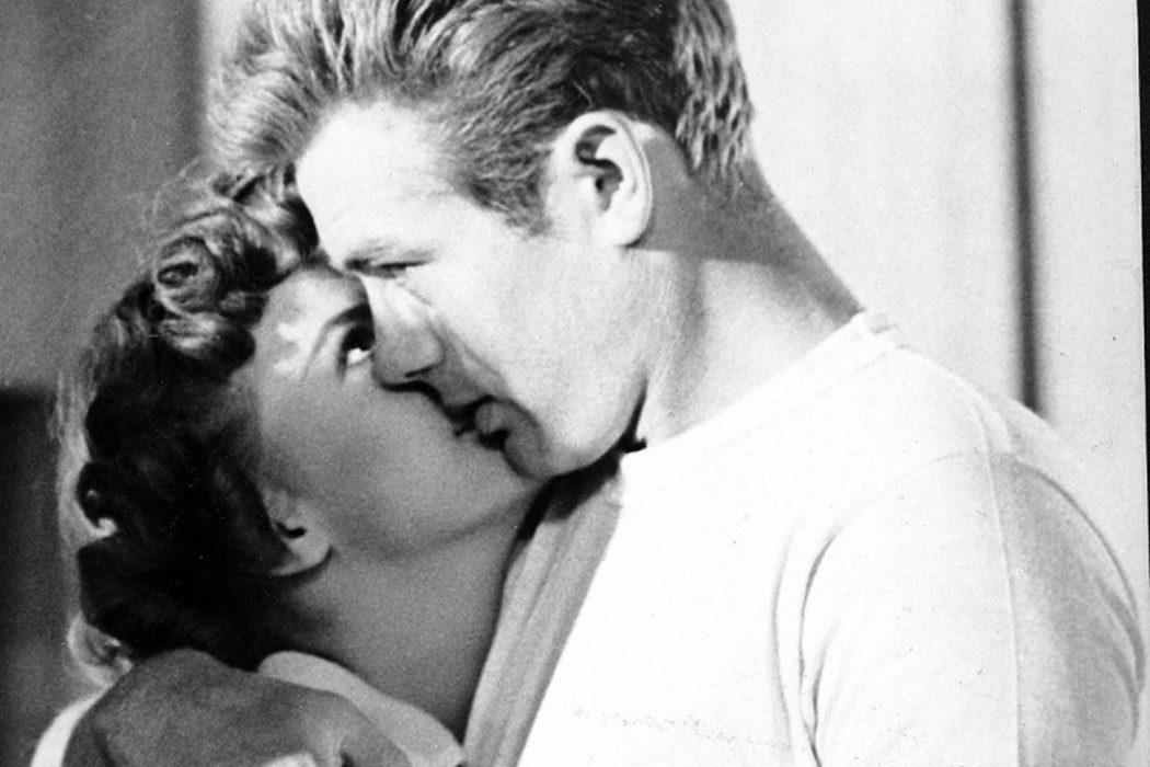 Besando a Natalie Wood en 'Rebelde sin Causa'
