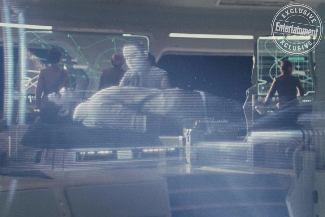 BB-8 muestra la despedida de Rey