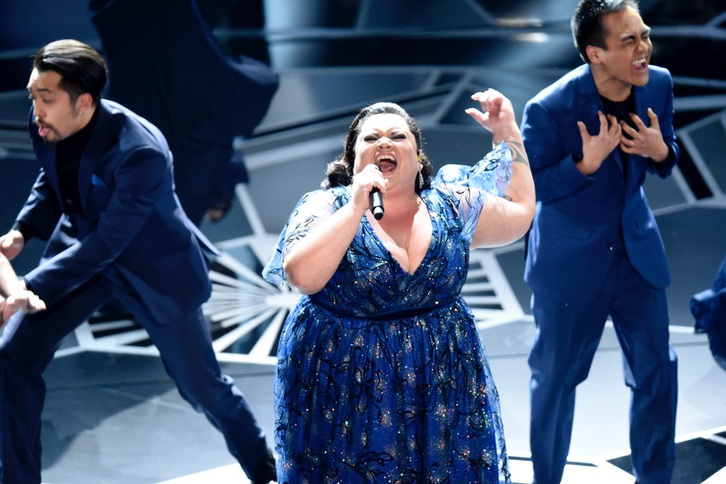Keala Settle cantando 'This Is Me'