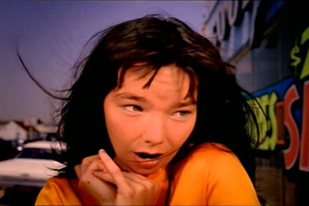 Spike Jonze - 'It's Oh So Quiet' de Björk
