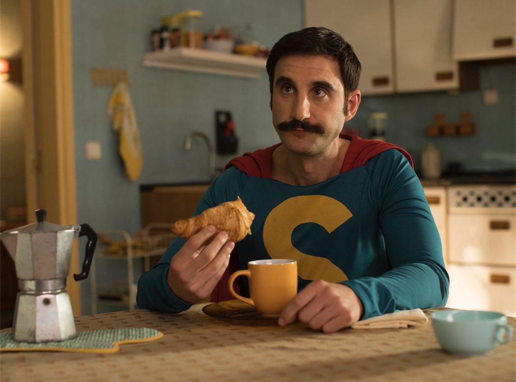 Dani Rovira interpreta a un superhéroe muy español