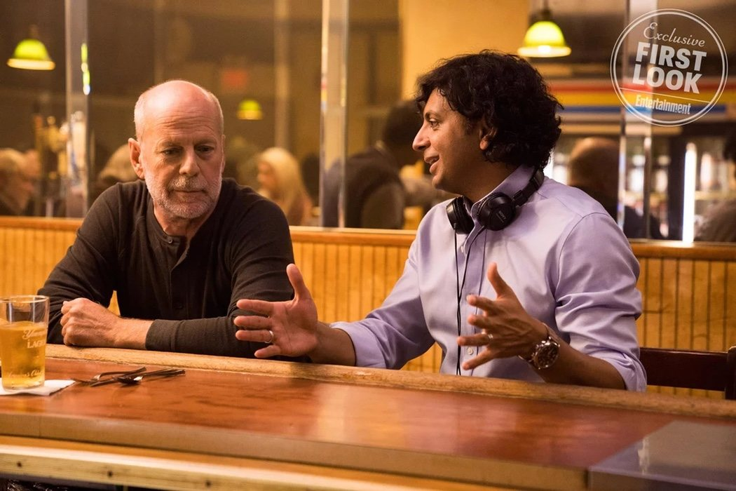Bruce Willis y M. Night Shyamalan