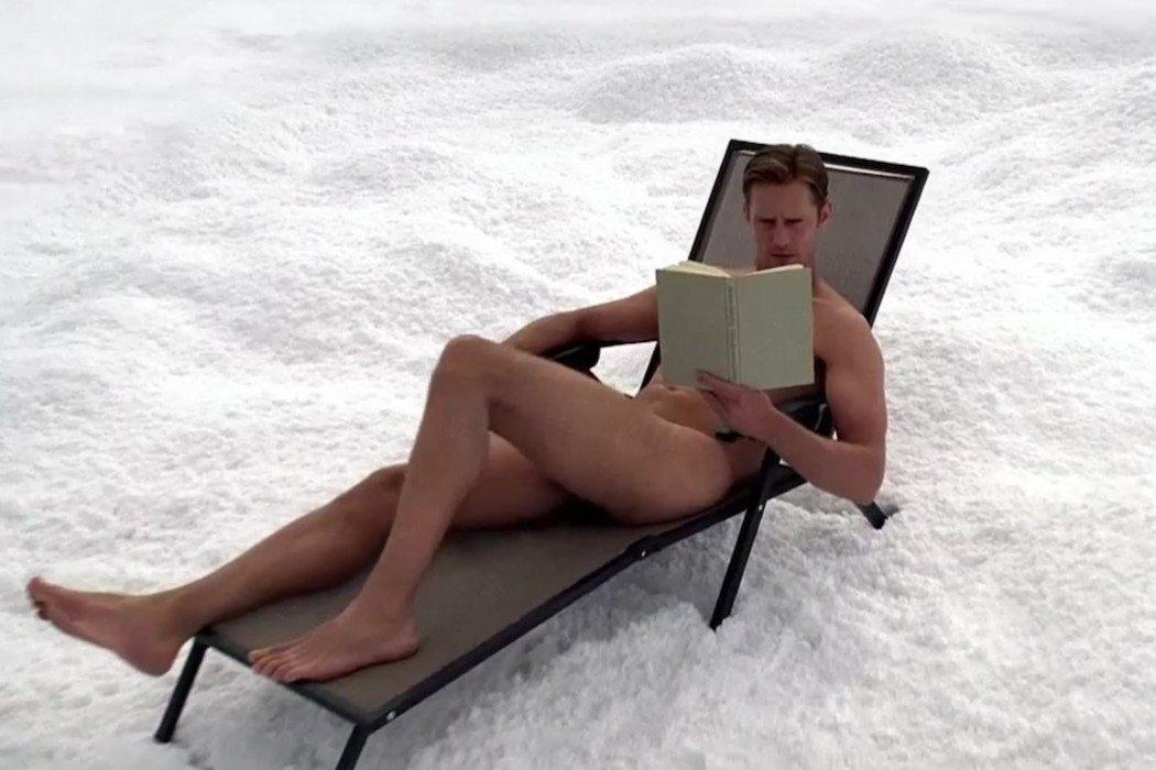 El nudismo de Skarsgård