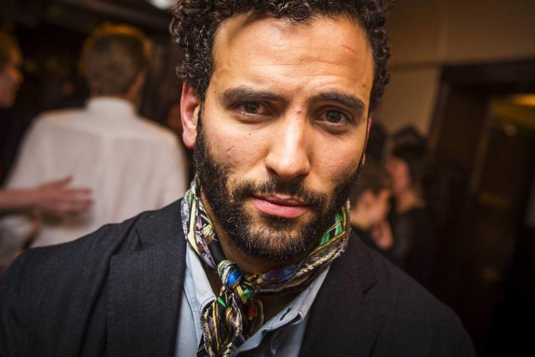 Marwan Kenzari es Jafar