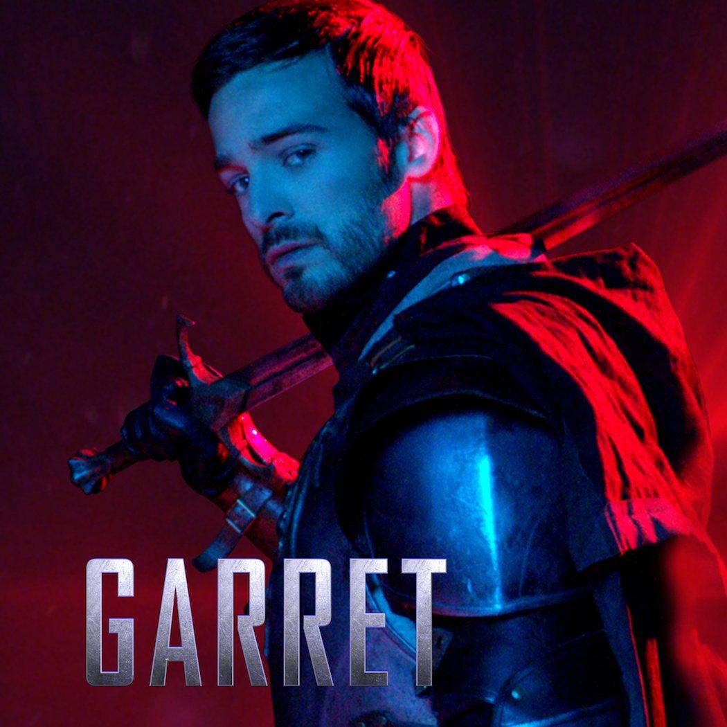 Jake Stormoen (Garret)