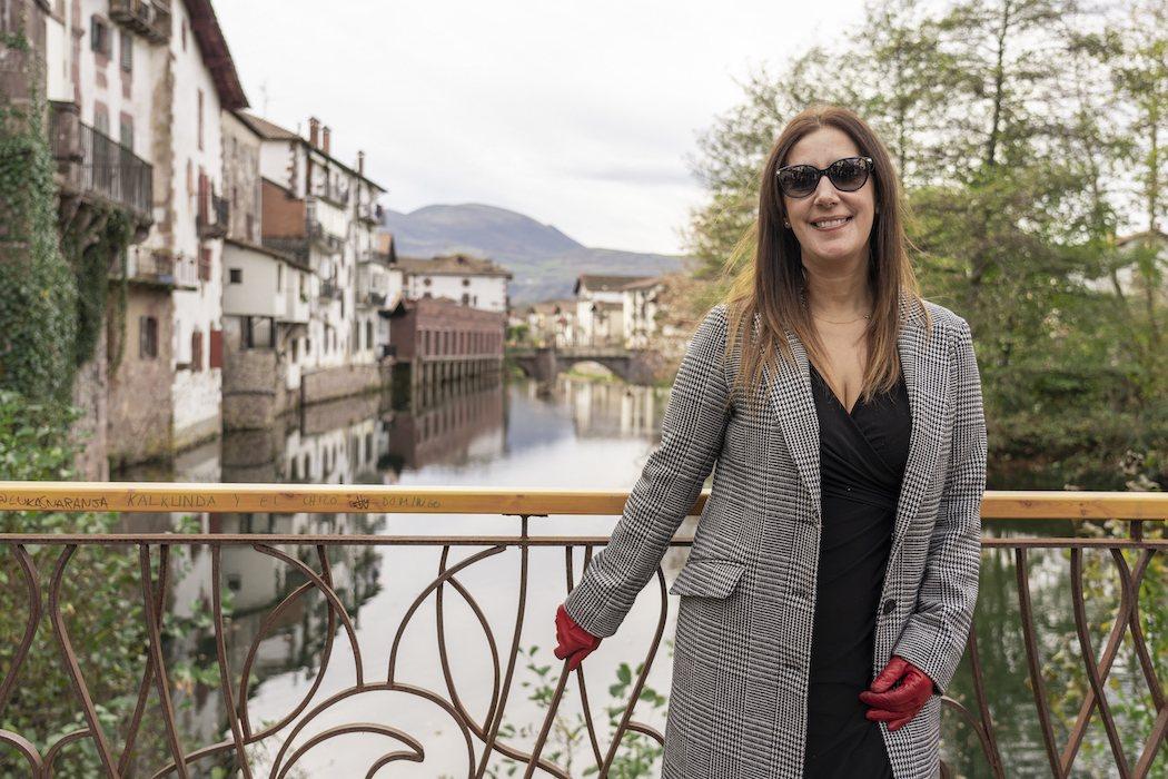 Dolores Redondo (Escritora de la saga)