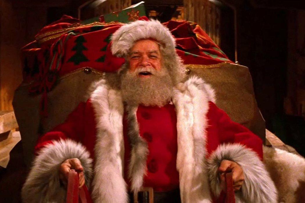 David Huddleston en 'Santa Claus, la película'