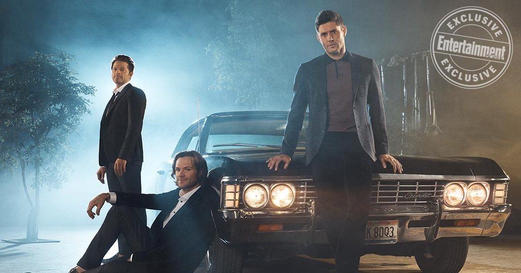 Castiel junto con Sam y Dean Winchester