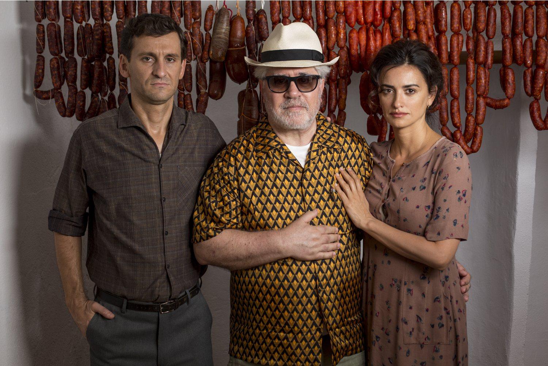 Raúl Arévalo, Pedro Almodóvar y Penélope Cruz