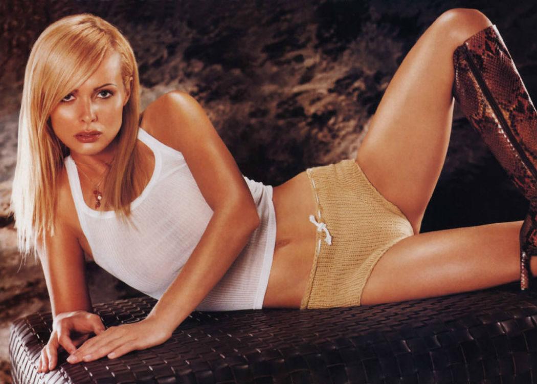 Izabella Dorota Scorupco: 25 años ¡La grande bellezza!
