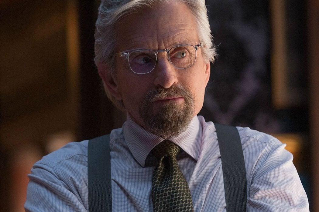 Hank Pym (Michael Douglas)