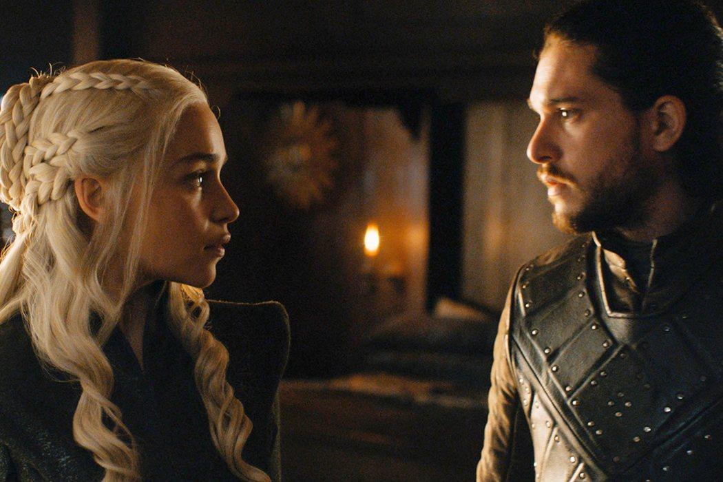 Un hijo o hija de Daenerys y Jon