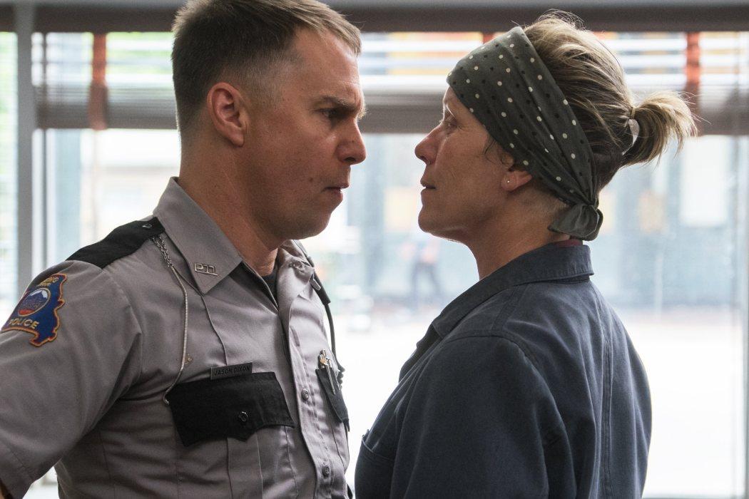 Oficial Jason Dixon en 'Tres anuncios en las afueras' (2017)