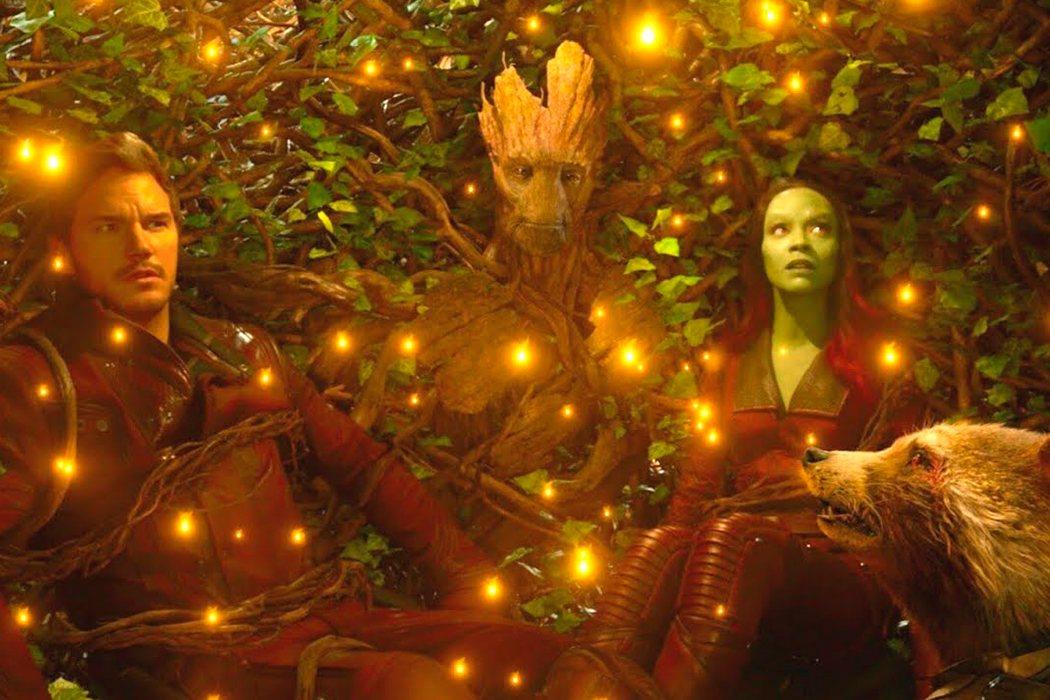 Groot se sacrifica para salvar a los Guardianes