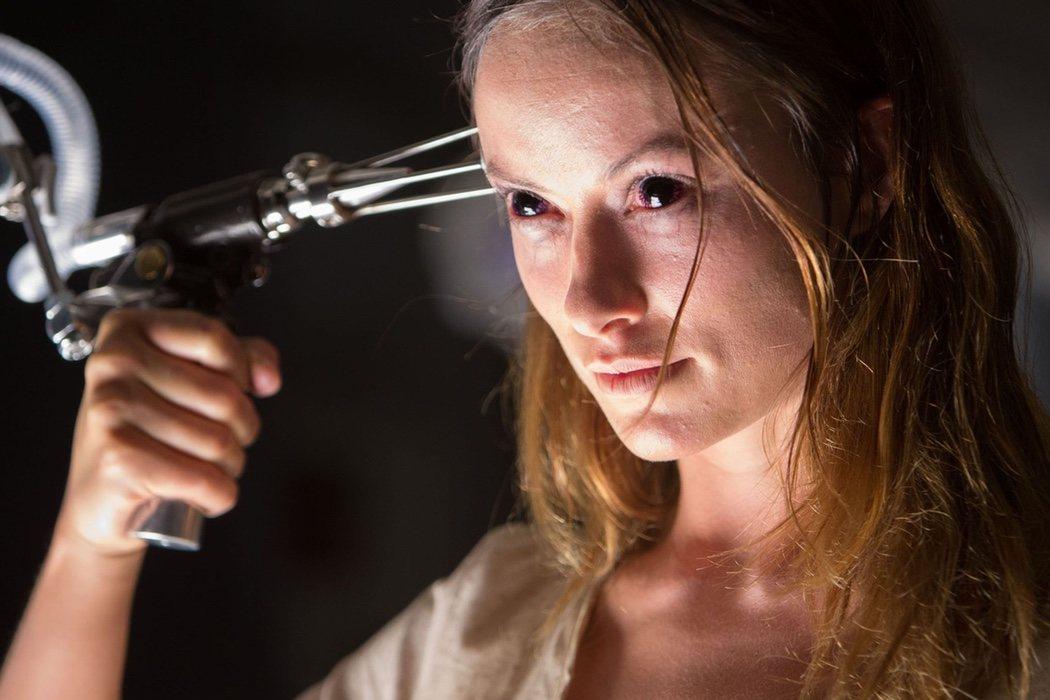 Olivia Wilde en 'Turistas' (2006) y 'El Efecto Lázaro' (2015)