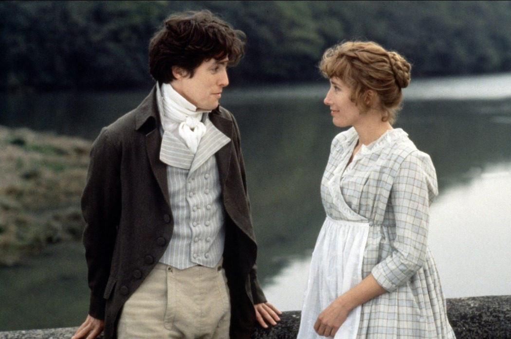 Se rodó una escena de un beso entre Edward y Elinor, pero fue eliminada