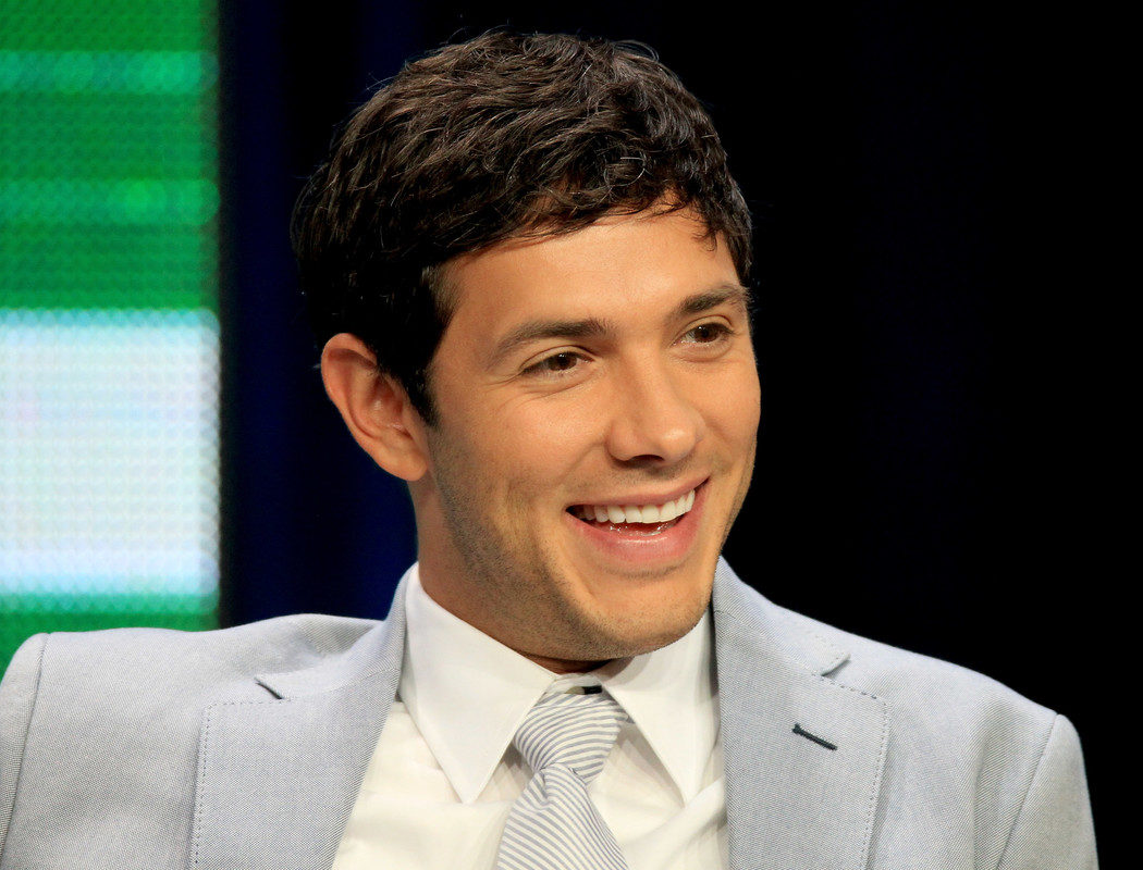 Michael Rady ('Jane The Virgin') ficha por la segunda temporada de 'UnReal'