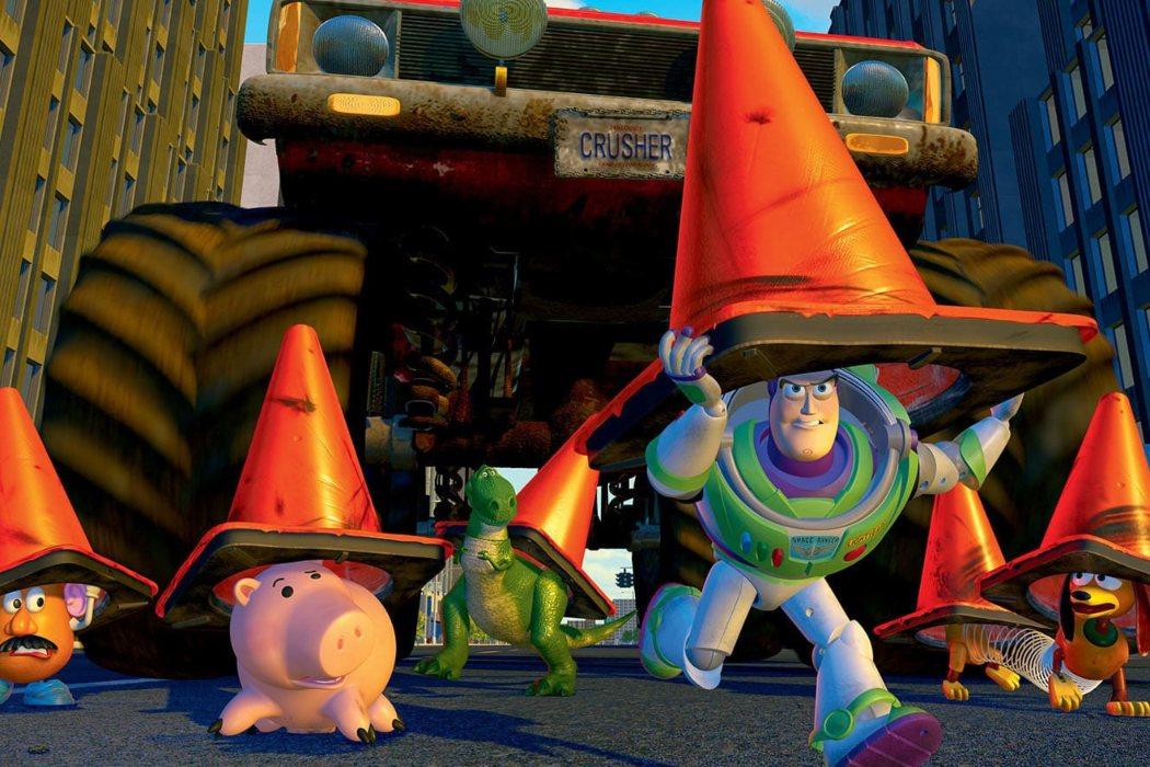 Los juguetes cruzan la carretera