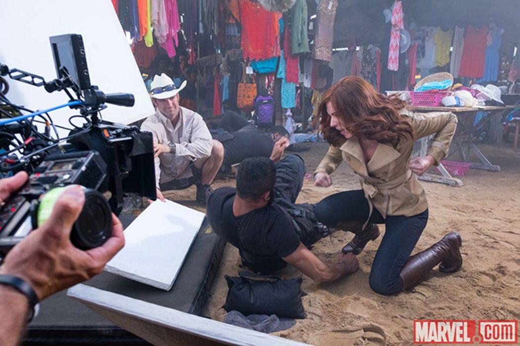 Scarlett Johansson en acción durante el rodaje