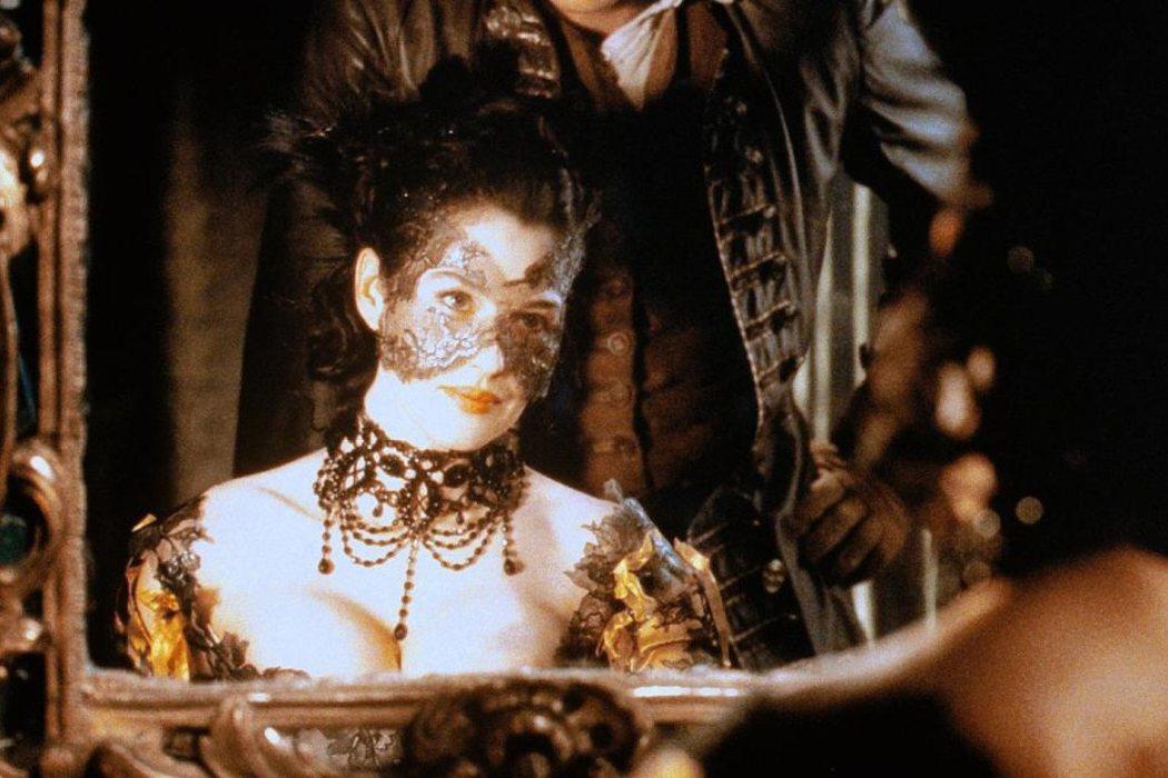 Sylvia en 'El pacto de los lobos' (2001)
