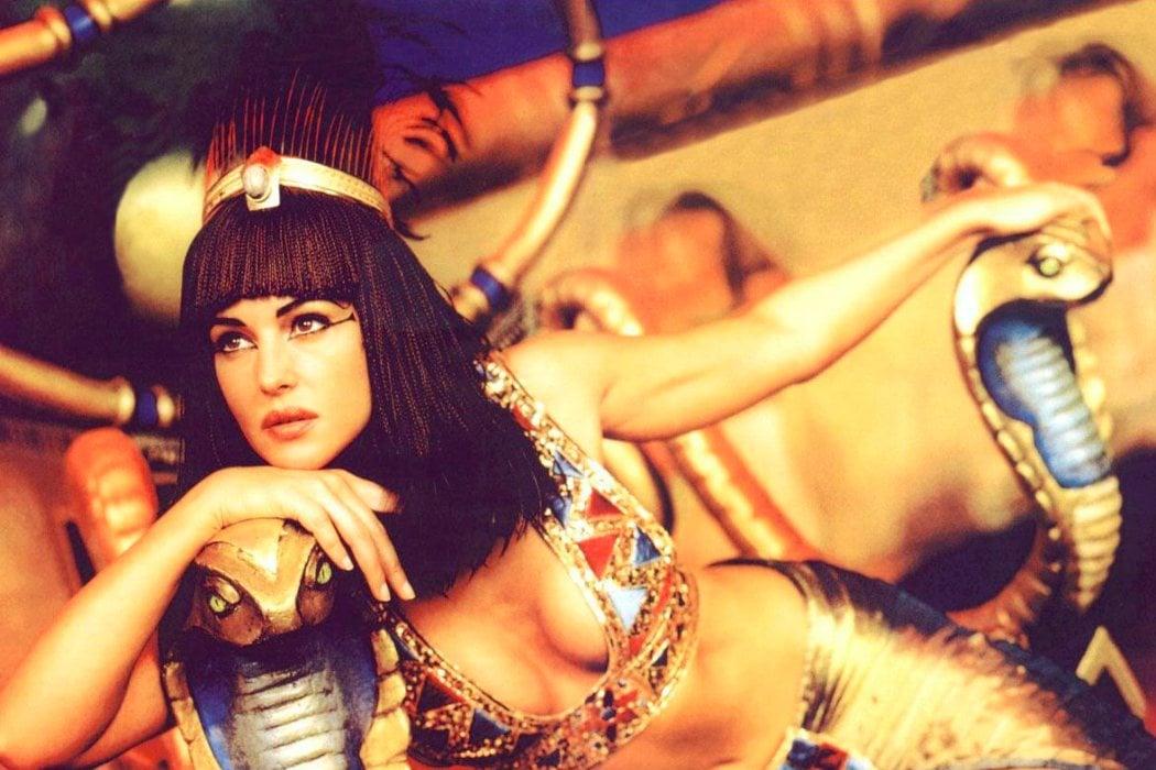 Cleopatra en 'Astérix y Obélix: Misión Cleopatra' (2002)