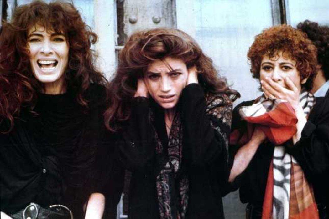 Annunziata en 'Camorra: contacto en Nápoles' (1985)