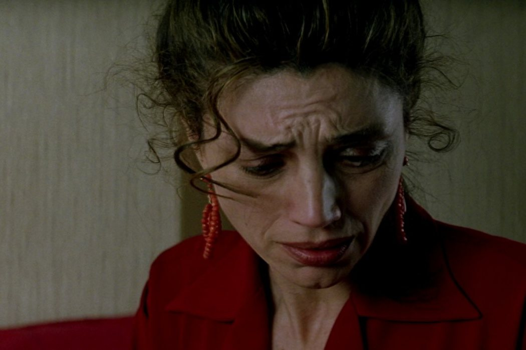 Clara en 'Carne trémula' (1997)