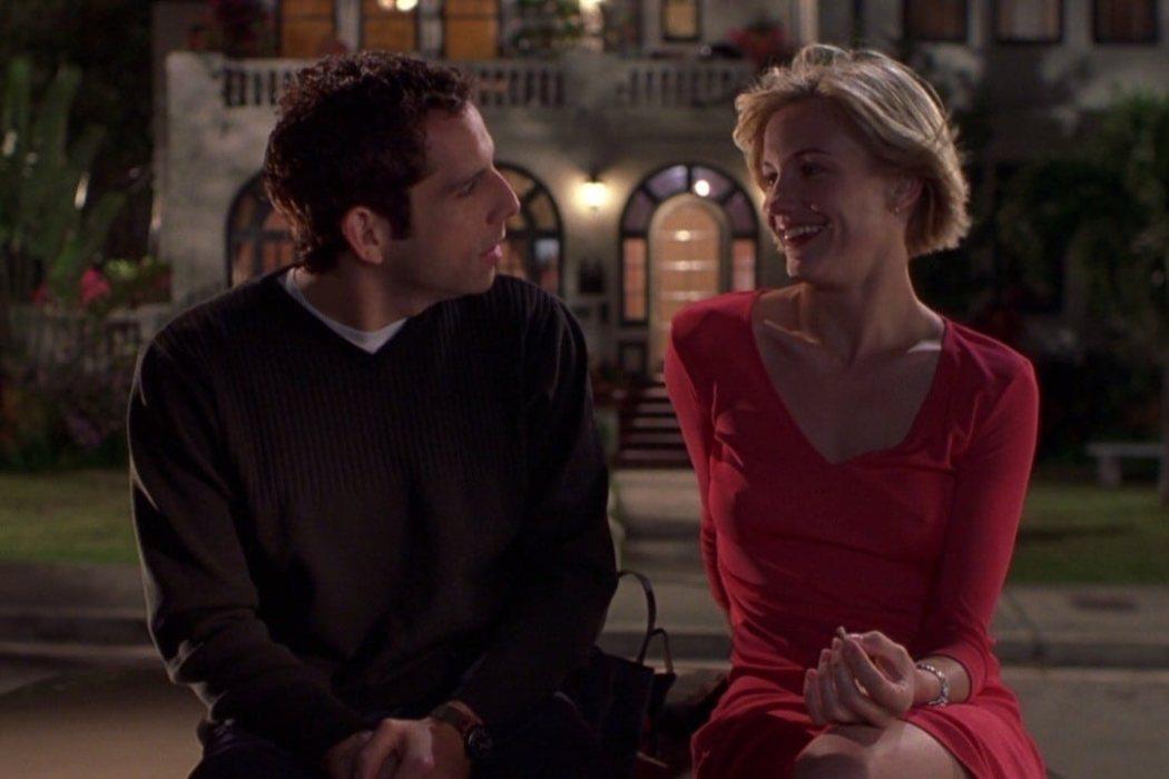 'Build Me Up Buttercup' - 'Algo pasa con Mary' (1998)