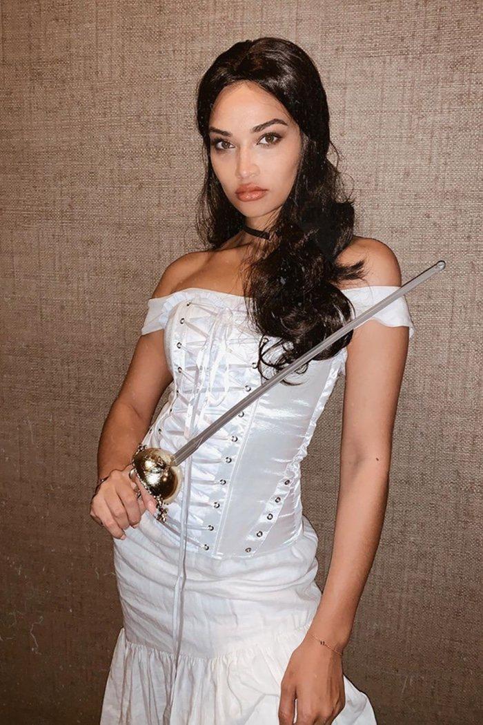 Shanina Shaik de Catherine Zeta Jones en 'El Zorro'