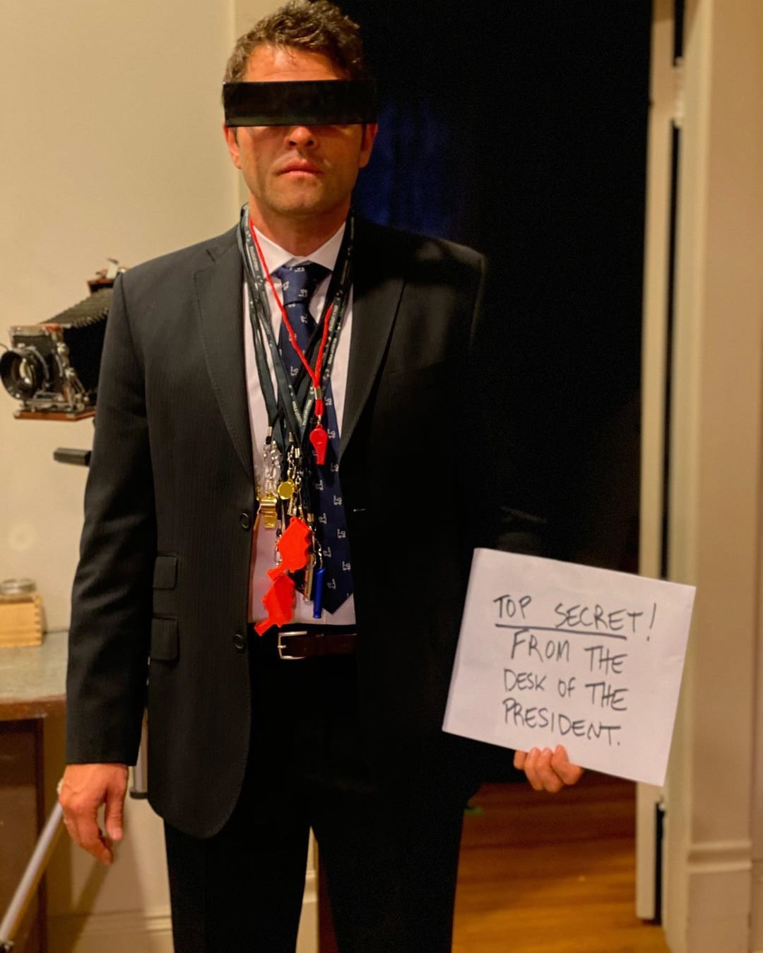 Misha Collins del chivato de Donald Trump