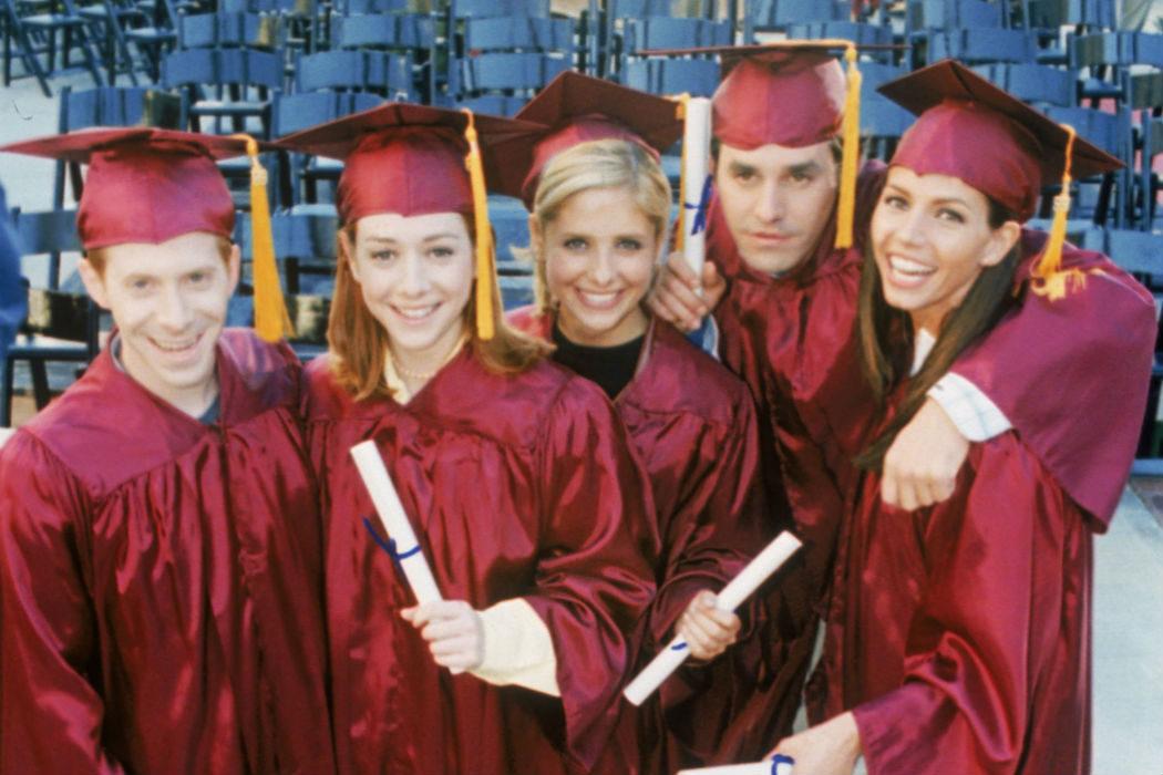 """""""El día de la graduación, Partes 1 y 2"""" (3x21-22)"""