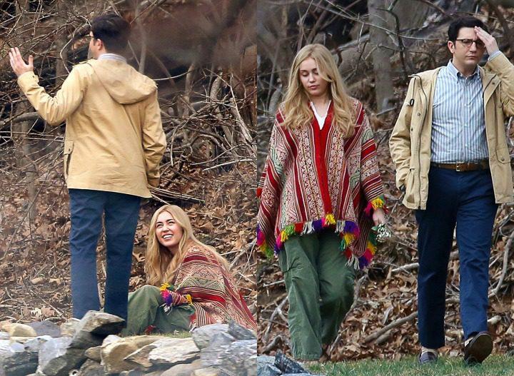 Miley Cyrus con su compañero de reparto John Magaro
