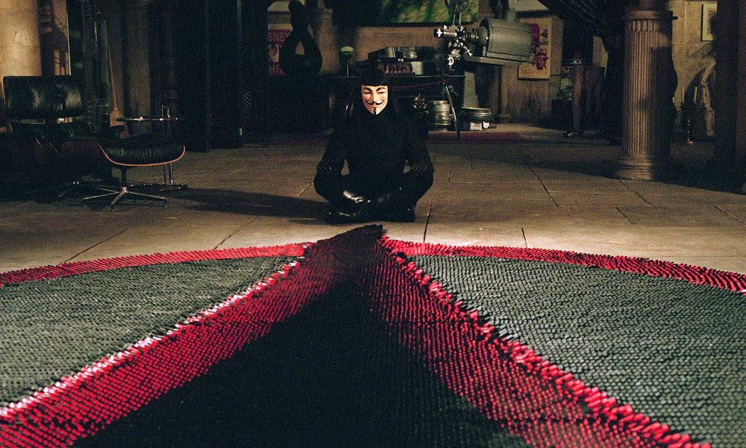 Para la escena del dominó se usaron 22.000 piezas