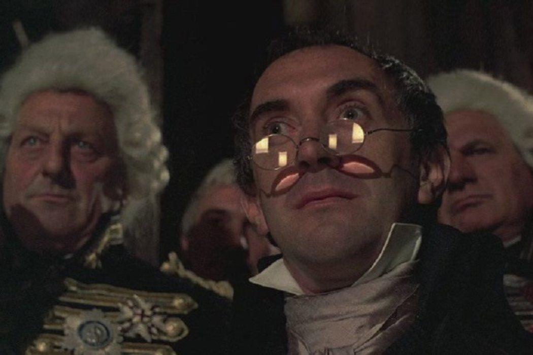 Oficial Jackson en 'Las aventuras del barón Munchausen' (1988)