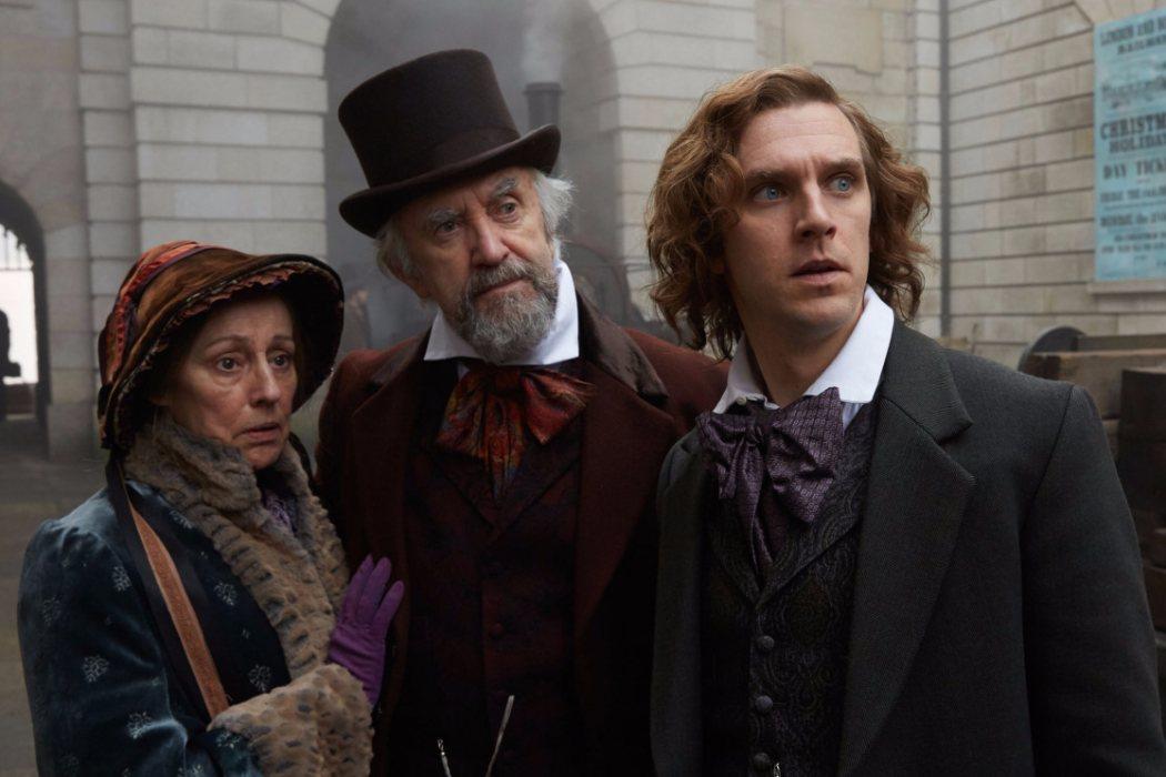 John Dickens en 'El hombre que inventó la Navidad' (2017)