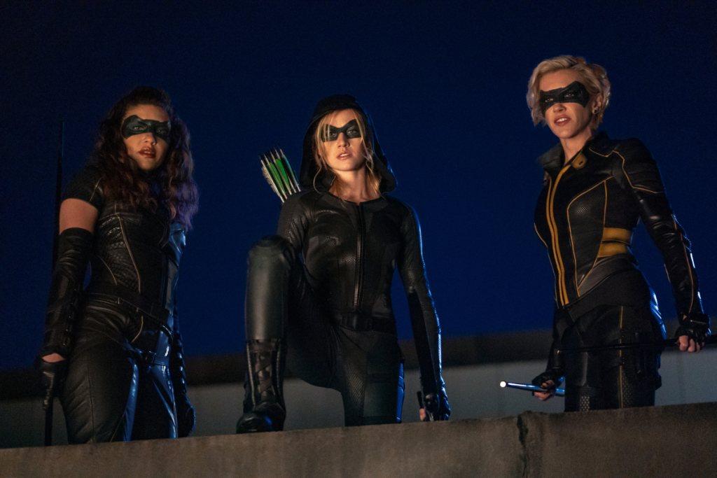 Las tres protagonistas luchan contra el crimen de Star City
