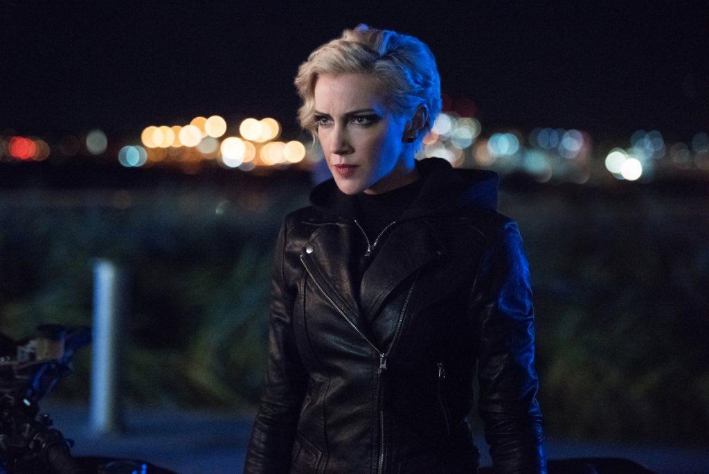 Laurel formará equipo con Mia y Dinah en el Star City de 2040
