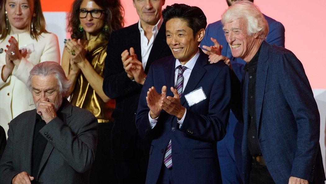 Robert De Niro, Kazu Hiro y el director de fotografía Roger Deakins