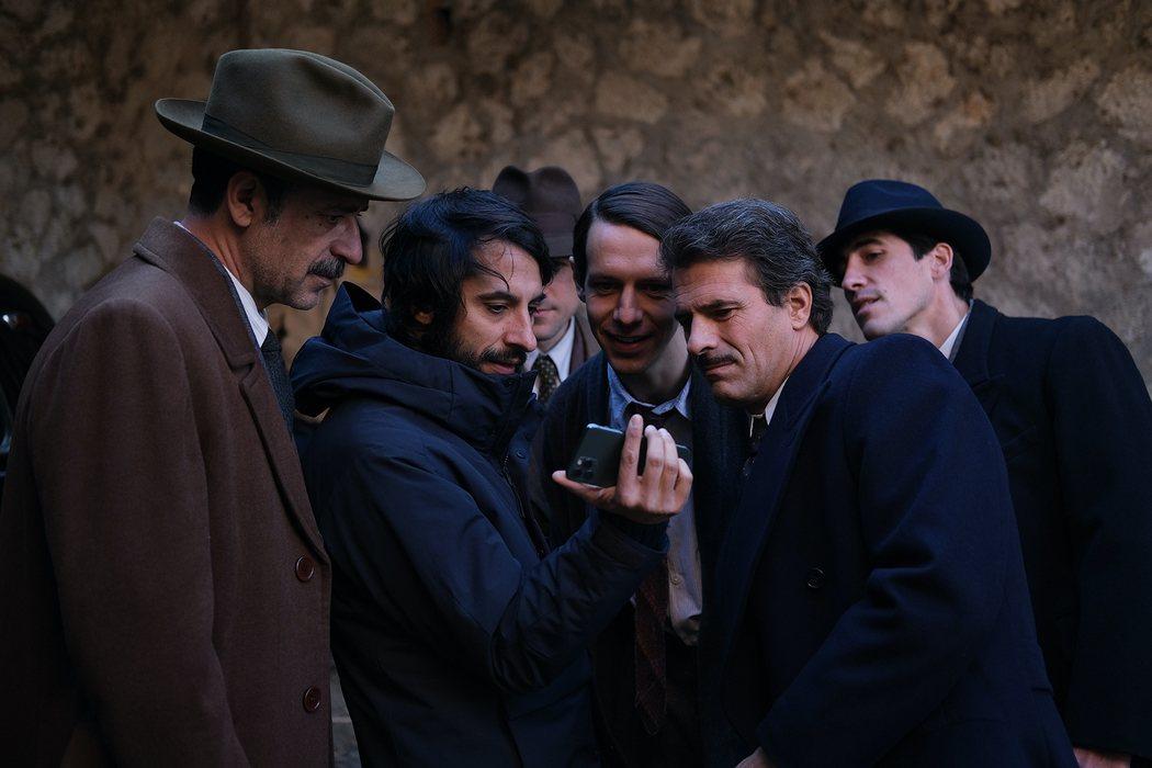 El director Marc Vigil con Nacho Fresneda y Rodolfo Sancho