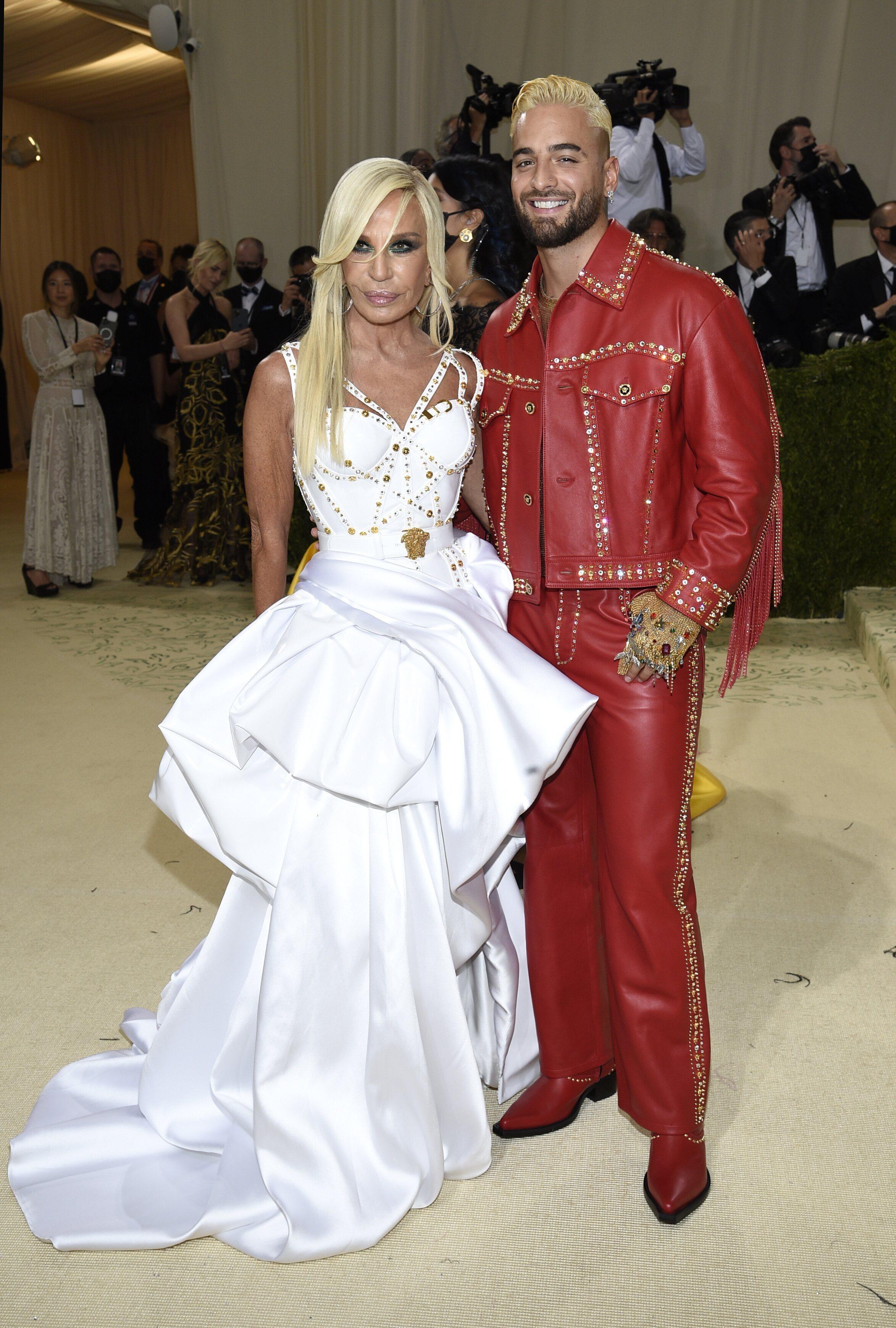Donatella Versace y Maluma