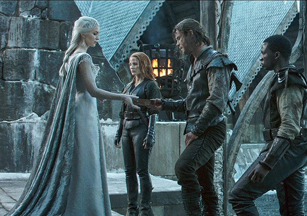 El cazador, Sara y Freya