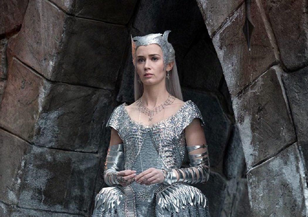 Emily Blunt (Freya)