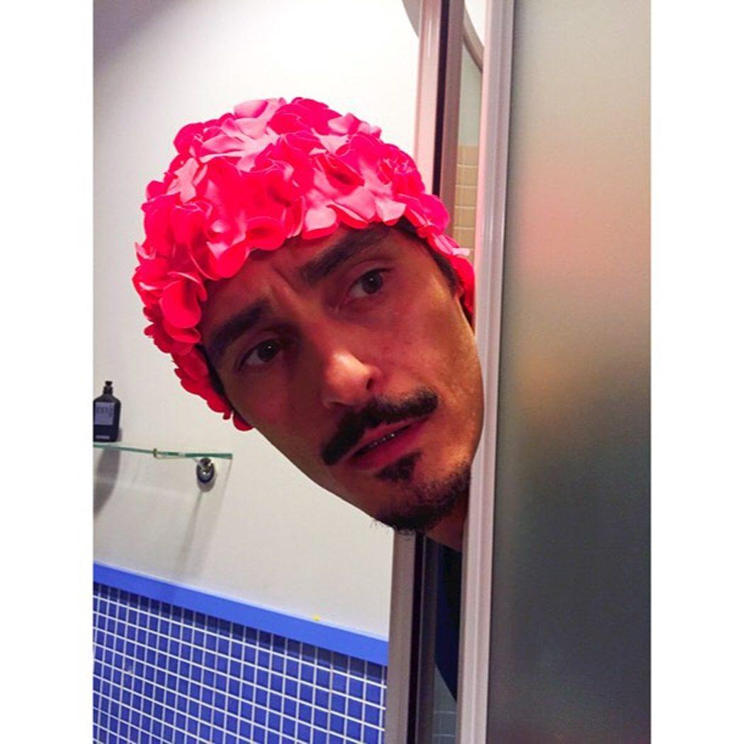 Javier Maroto y su gorrito de baño en 'LQSA'