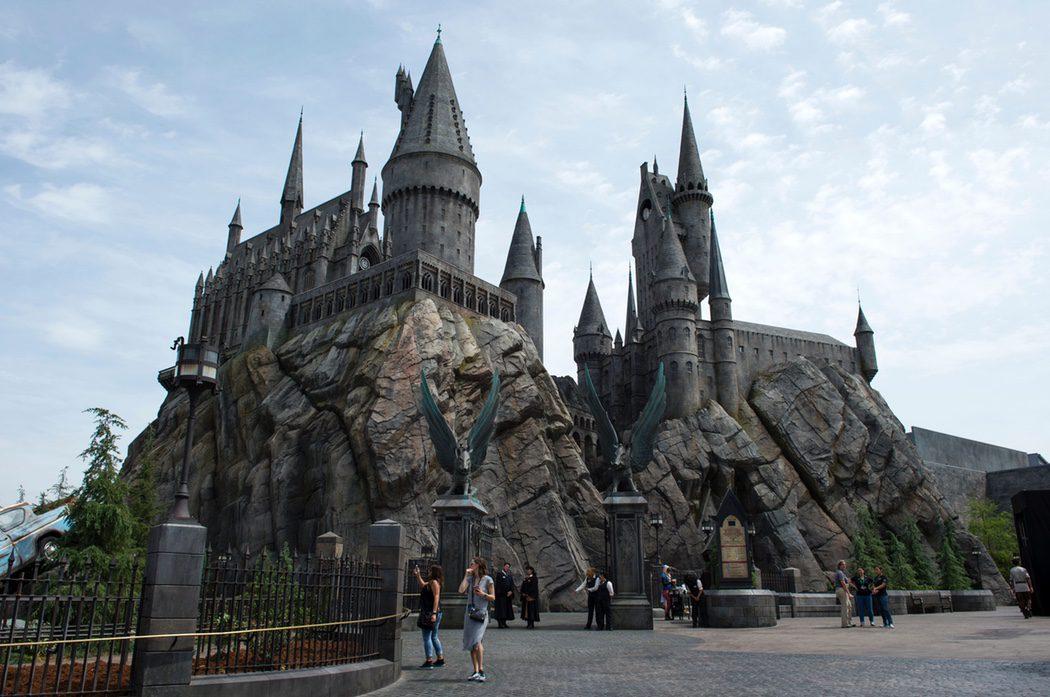 Castillo de Hogwarts en el parque de 'Harry Potter' en Hollywood